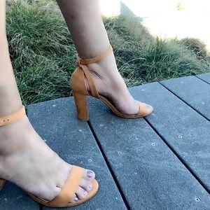 New chunky heel